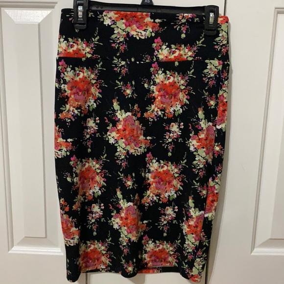 LuLaRoe women's Cassie skirt